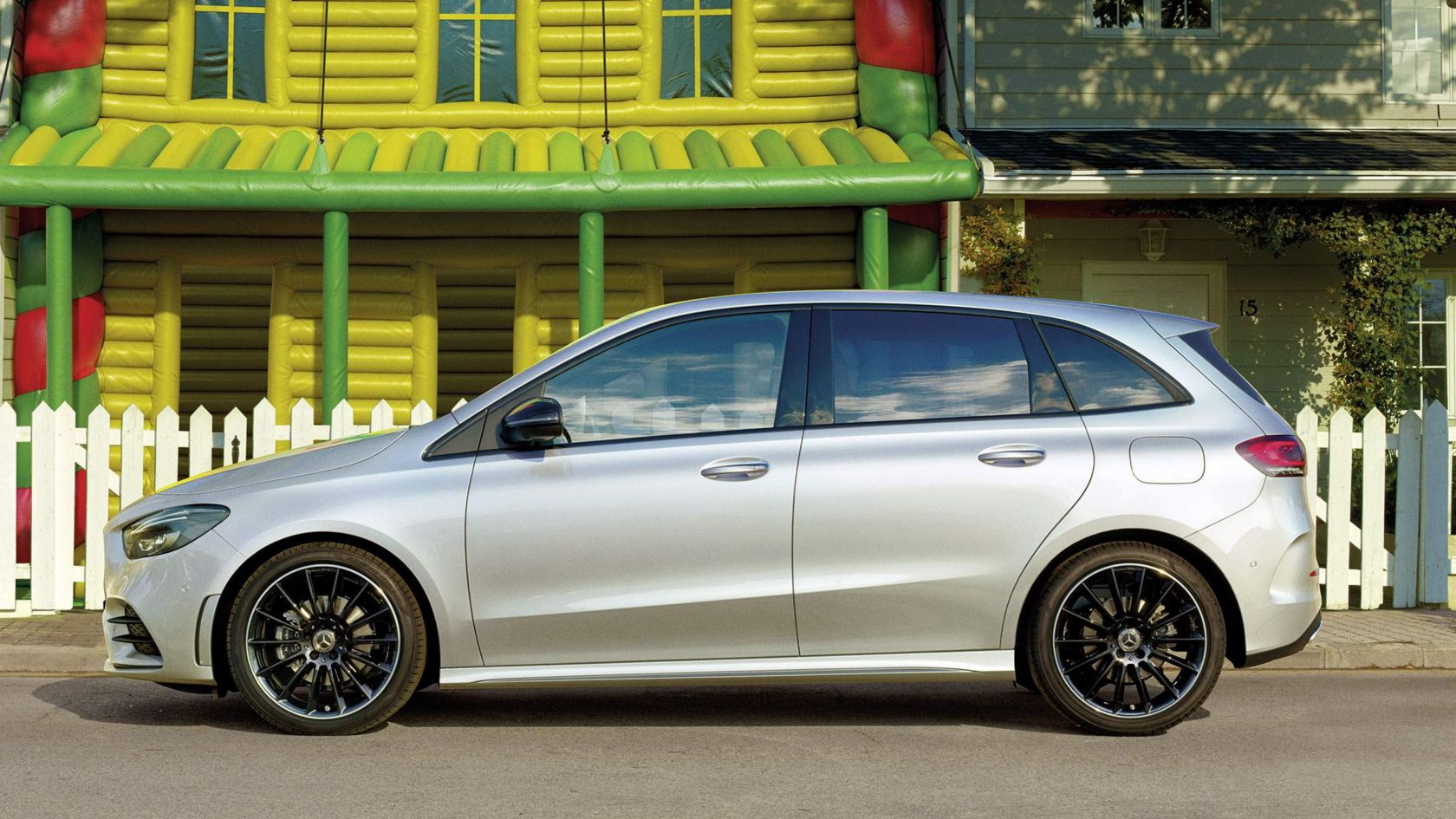 Nell'immagine, Mercedes-Benz CLA Shooting Brake